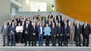 Künstliche Intelligenz: Bundeskanzlerin Angela Merkel lädt Hans Beckhoff zu Expertengespräch ein