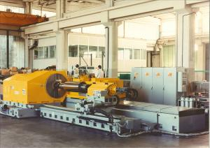 Wheel moving cylindrical and roll grinding machine series R/154-CNC
