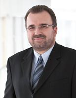 Dr. <b>Siegfried Russwurm</b> spricht über intelligente Produktion - 1b7ace8c5930f560ae48cbc4d5f4b3cf_MW_640_
