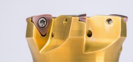 Hochvorschub-Wendeschneidplatte DAH37 mit neuer Geometrie