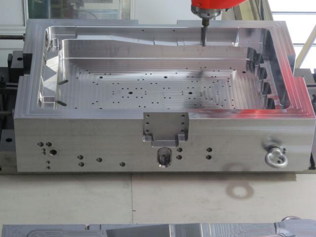 Der Tonnenfräser GF1 von MMC Hitachi Tool im Einsatz