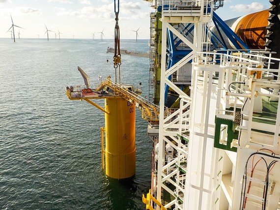 Ausbau Windenergie: Baustart im Offshore-Windpark Deutsche Bucht