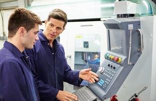 WEILER liefert 14 Präzisions-Drehmaschinen an Berufsbildungszentrum in Klagenfurt