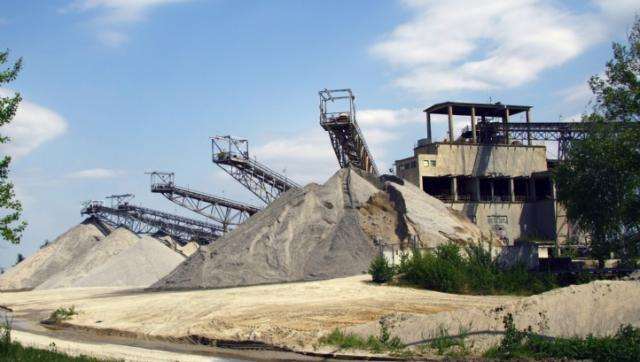 Resource extraction: Responsible for half world's carbon emissions