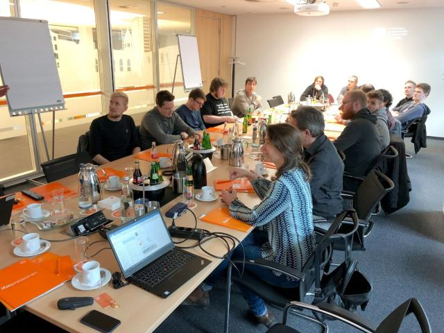 TBS1 Bochum zu Besuch bei ifm