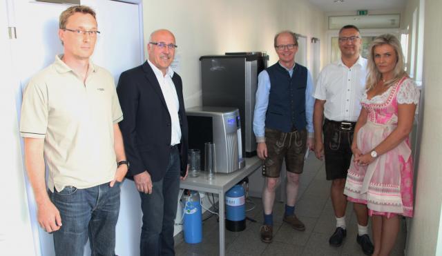 Ein Wasserspender für den IT-Nachwuchs