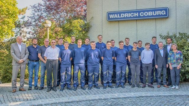 Die Karriere beginnt bei WALDRICH COBURG