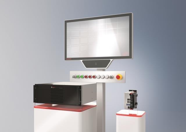 Deutscher Automobilist setzt auf Industrie-PCs und Control Panel von Beckhoff