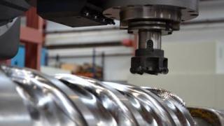 Nicolás Correa Service adapts the retrofitting of the ANAYAK HVM-5000 milling machine