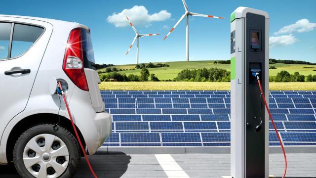 Studien zu Sektorkopplung: Elektroautos und Stromheizung brauchen Ökoenergie