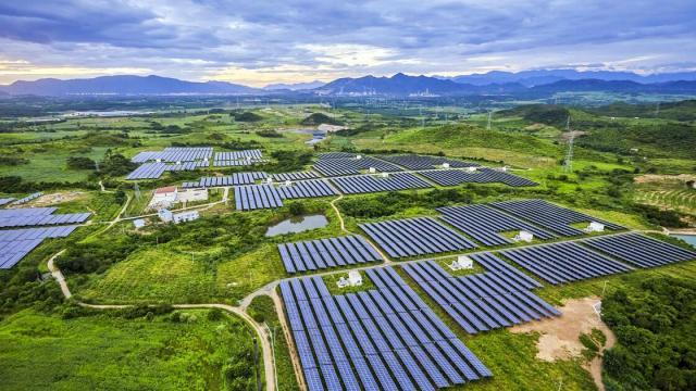 IIRENA: Studie mit neue Zahlen - Solar und Wind boomen 2020 weltweit