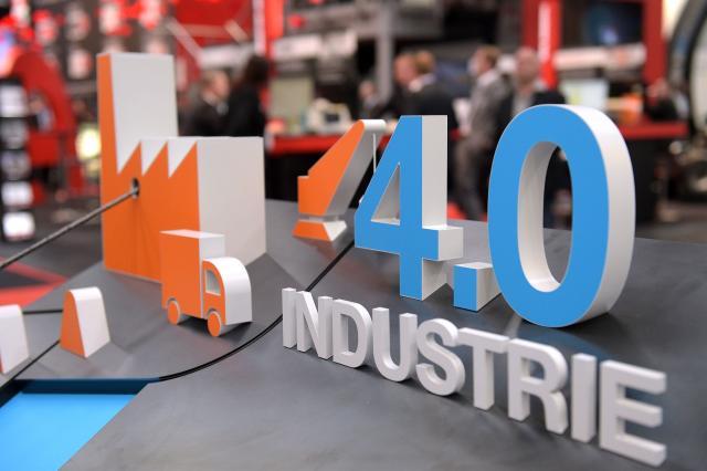 """""""Digitalisierung der Produktion: Zehn Jahre Industrie 4.0"""""""