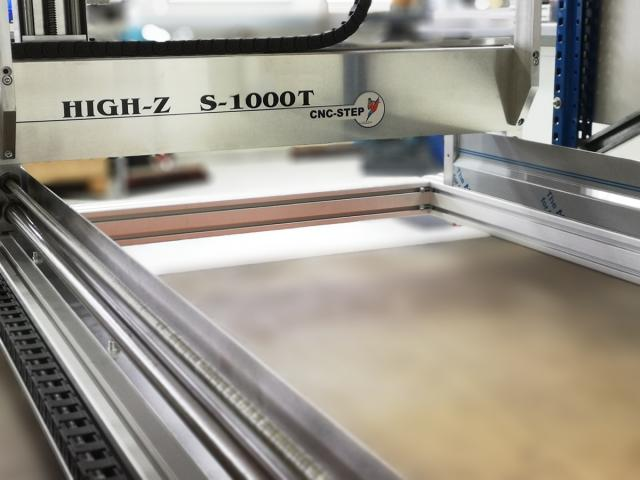 The High-Z S/T CNC router series