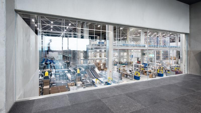 New TRUMPF logistics center stands for digitalization