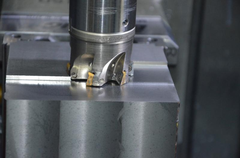 Flexibel einsetzbarer Fräser HM390 von ISCAR für Schruppbearbeitungen