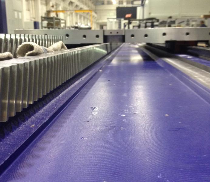 Maschinenbett der VertiMaster AERO 40 mit einer Länge von > 40.000 mm