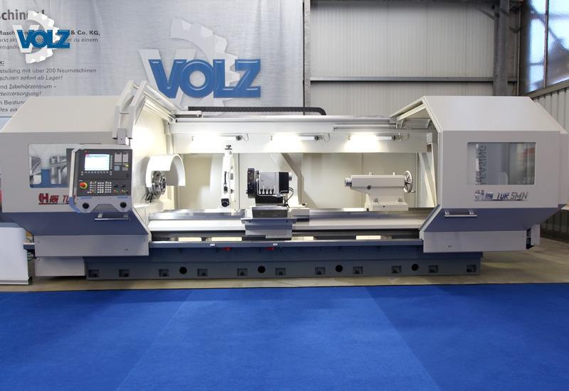 Vom 15. bis zum 17.11.2017 konnten am Hauptsitz der Firma in Witten eine Vielzahl an hochwertigen Werkzeug- und Blechbearbeitungsmaschinen sowie zugehörige Industrielösungen der Firma VOLZ und diverser namhafter Mitaussteller bestaunt und in ausgiebigem Maße getestet werden.