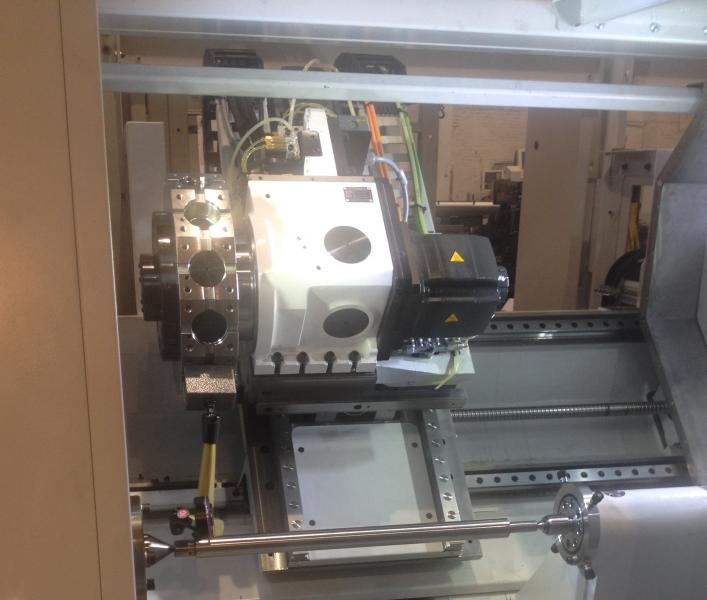 Vermessung nach ISO 13041-1, G13 Parallelität der z-Achse zur Drehachse geometrische Abnahme einer horizontalen Schrägbettdrehmaschine bei der Schiess GmbH in Aschersleben