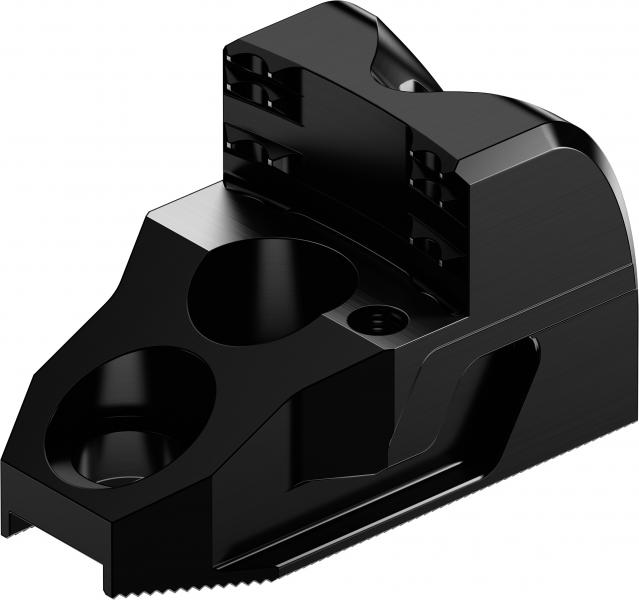 High process reliability and efficiency – less workpiece deformation: as part of its lightweight initiative, SCHUNK offers a range of standard top jaw models with a lightweight design option. Photo: SCHUNK