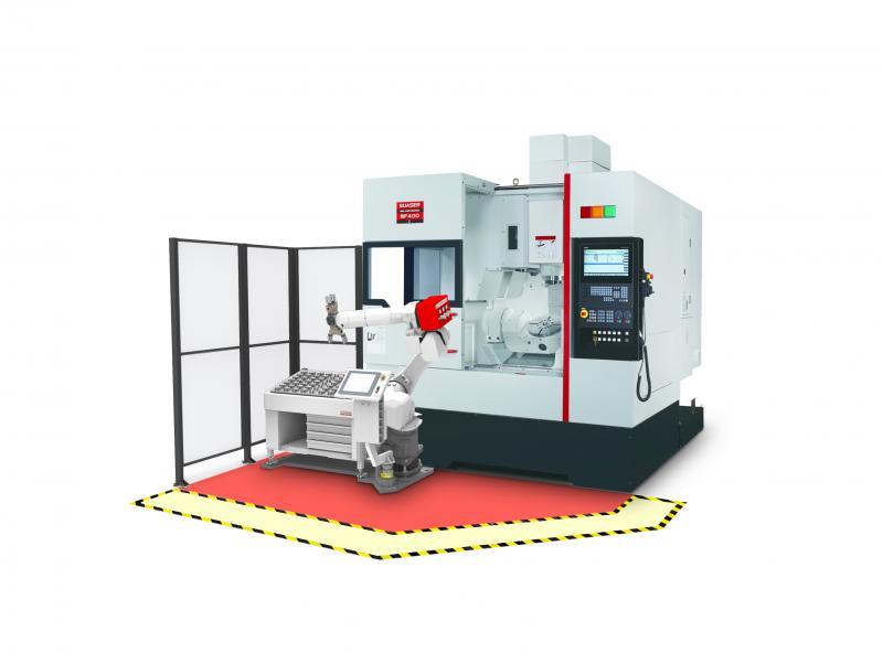 Hochflexibles und wirtschaftliches Bearbeitungszentrum mit angebundener RoboJob-Automation für die drastische Minimierung der Rüstzeiten und eine Steigerung der Spindellaufzeiten.