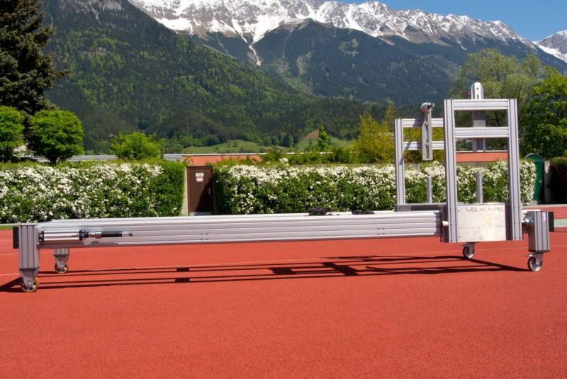 Starttrainingsmaschine für Skicross-Rennläufer am Institut für Sportwissenschaft und Olympiastützpunkt Innsbruck mit zwei ACE Industriestoßdämpfern des Typs MA4575EUM