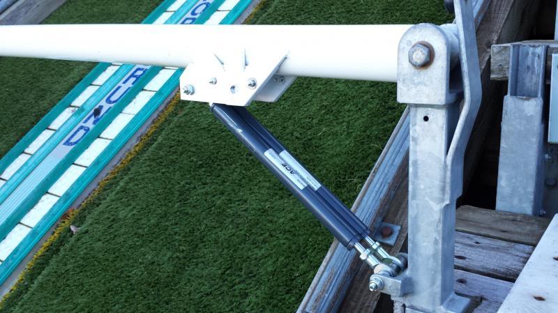 Zwei ACE Industriegasfedern des Typs GS-22-200-EE-200N pro Startbalken leisten ihren Beitrag, um das Training oder die Lehrgänge der Skispringer an der Schanze in Hinterzarten im Schwarzwald noch komfortabler zu machen