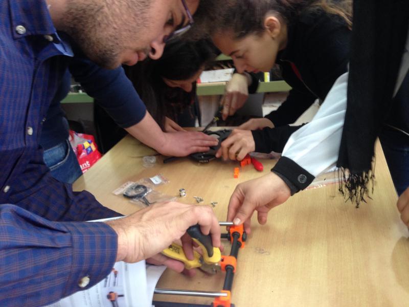 Drei Gruppen fanden sich zusammen und bauten jeweils einen Prusa 3D-Drucker zusammen.