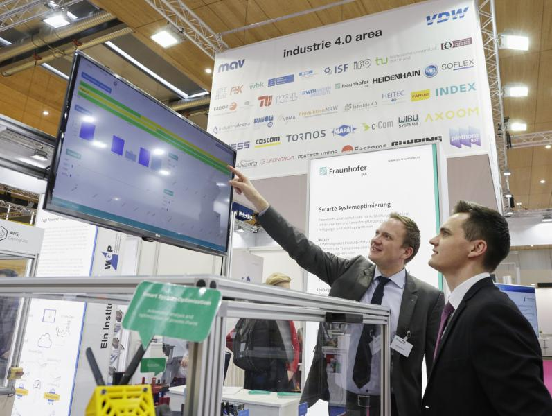"""Die EMO Hannover 2019, Weltleitmesse der Metallbearbeitung, geht vom 16. bis 21. September unter dem Motto """"Smart technologies driving tomorrow's production"""" an den Start."""