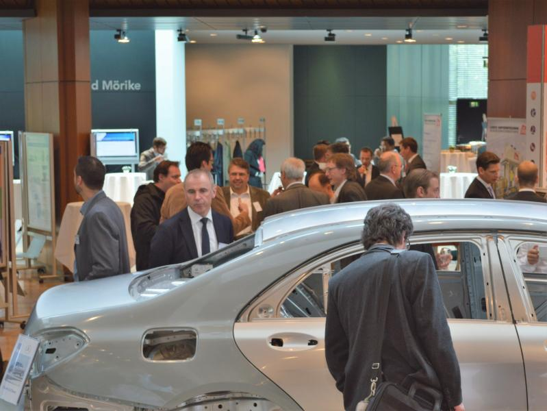 Das Rahmenprogramm umfasst auch in diesem Jahr Industrieausstellung, Firmenbesichtigung und Konferenzdinner