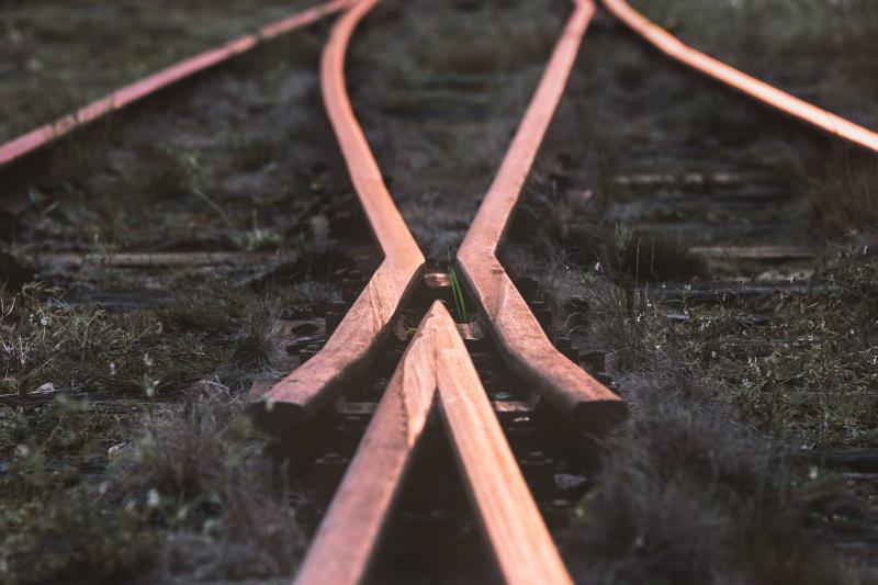 An important element in any rail infrastructure is the machining of rail switches and crossings.