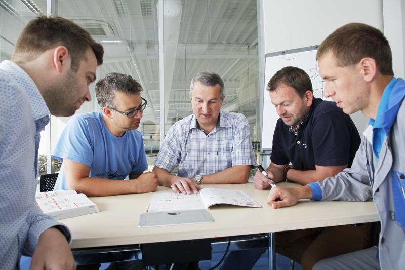 From left to right – Jan Bittner, Jan Vlček, Karel Tiefenbach, Jan Závičák, Andrej Drobný.