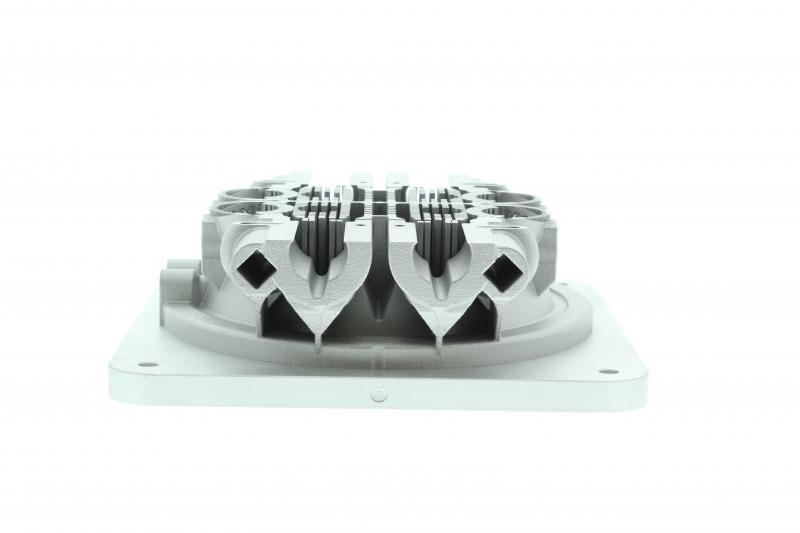 Bloque de galvos de fabricación aditiva utilizando dos láseres en la máquina RenAM 500Q durante 19 horas.
