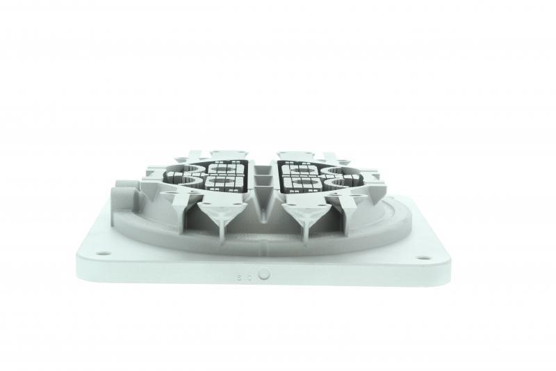 Bloque de galvos de fabricación aditiva utilizando un láser en la máquina RenAM 500Q durante 19 horas.