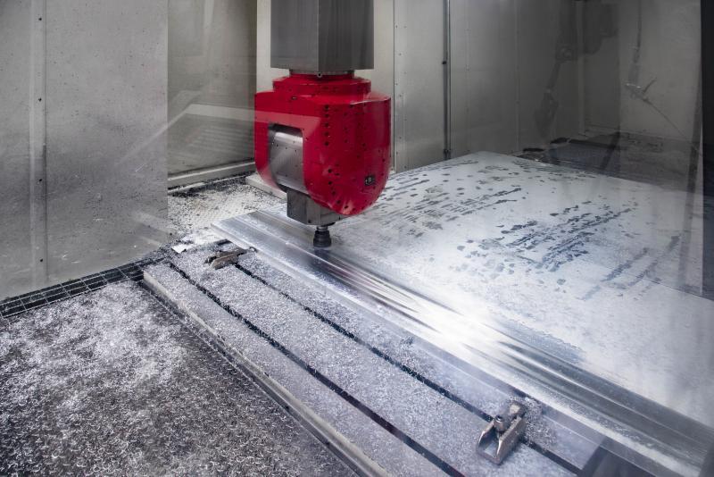 Genauigkeit und Produktivität waren die entscheidenden Faktoren bei der Kaufentscheidung. In der Bearbeitung von Aluminium hat sich die Produktivität verdoppelt. Die hohen Genauigkeiten und die sehr gute Oberflächengüte erfordern keine Nachbearbeitung mehr.