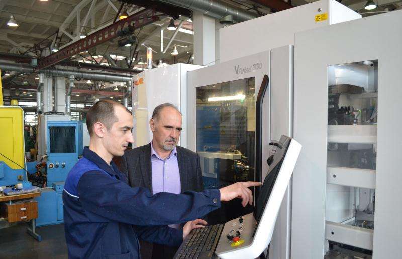 Siberian toolmaker relies on Swabian sharpening technology