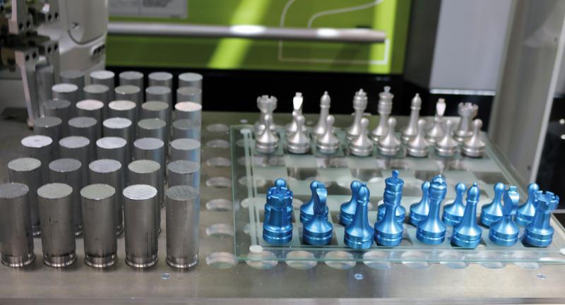 Die Firma Lerinc fertigte ein ganzes Schachspiel, das mit Mastercam programmiert wurde.