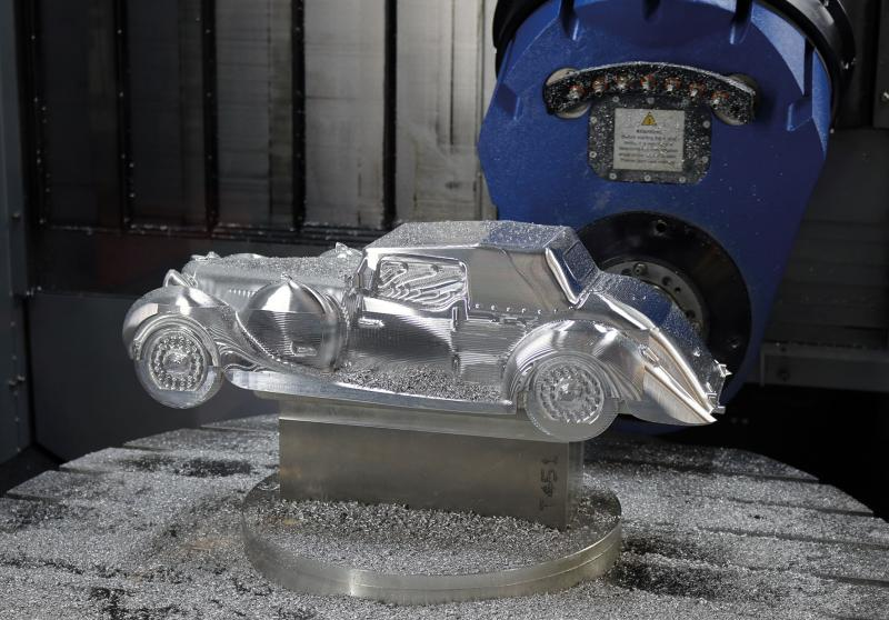 Die Firma EDEL fertigte ein Modell eines Lagonda Oldtimers - ebenfalls programmiert mit Mastercam.