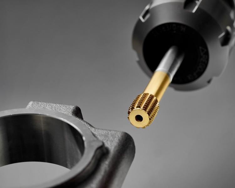 Die neuartige Geometrie des EMUGE InnoForm Steel-M setzt Maßstäbe bei der Prozesssicherheit.