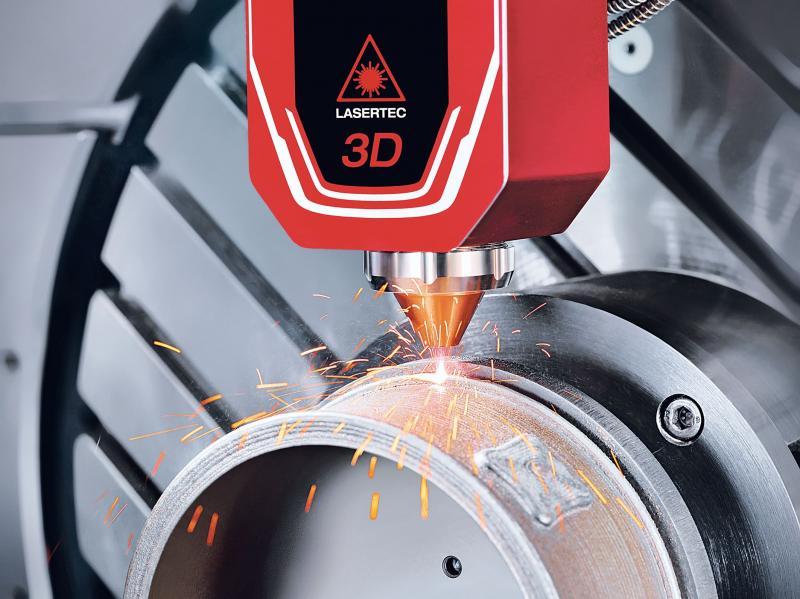 Die LASERTEC 65 3D hybrid vereint additive Fertigung und  konventionelle Zerspanung in einer Aufspannung.