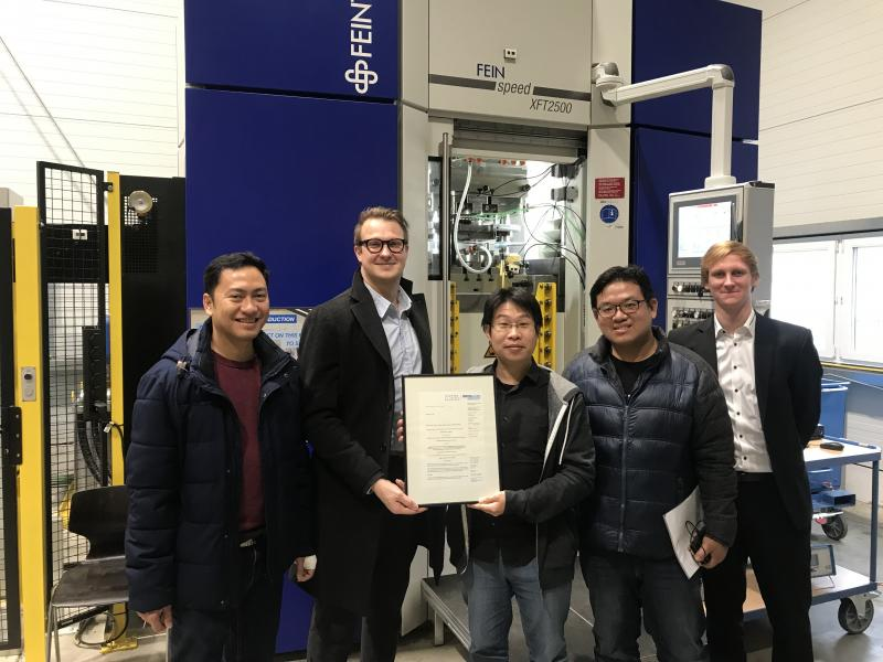 (v.l.n.r.): Ashri Anggia (WZL), Dr. Daniel Trauth (WZL), Ching-Chun (Jim) Huang (NCKU DLT), Jyun-Yu Huang (NCKU DLT), Philipp Niemietz (WZL).