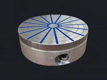 The Alustar permanent magnetic circular chuck with radial poles is suitable for turning and grinding workpieces of circular shape.