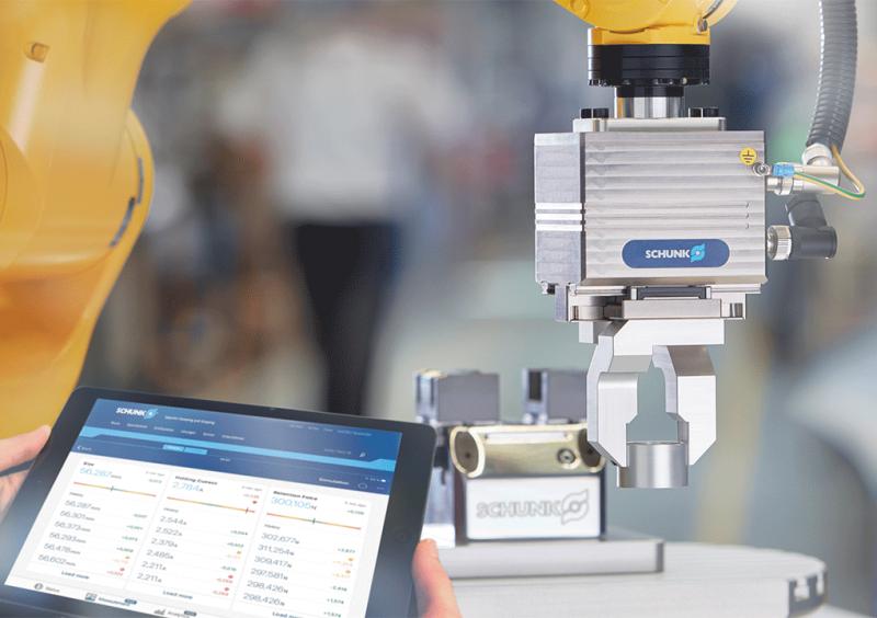 Las pinzas inteligentes de SCHUNK miden, identifican y supervisan los componentes agarrados y el proceso productivo en marcha en tiempo real.