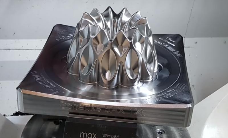 OKUMA'S GENOS M460V-5AX COMBINES PRODUCTIVITY AND PRECISION