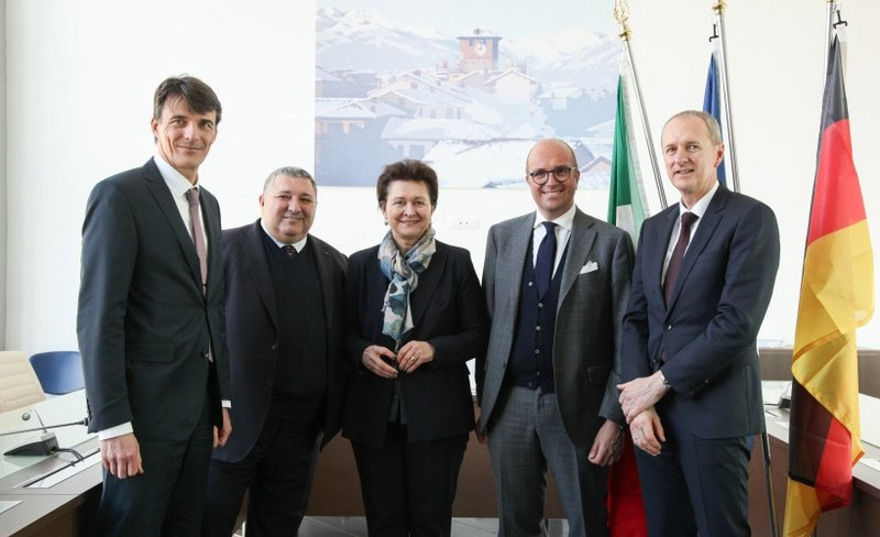 Groundbreaking ceremony for the fifth GROB plant in the mecca of the Italian automotive industry