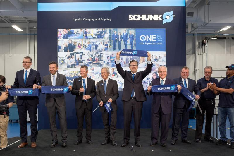 One Team – One Family – One Future: SCHUNK opened the new building expansion in Morrisville in early May with an opening ceremony. Together with the new buildings in Brackenheim-Hausen and Mengen, SCHUNK will invest a total of 85 million euros in its locations by mid-2020. Photo: SCHUNK