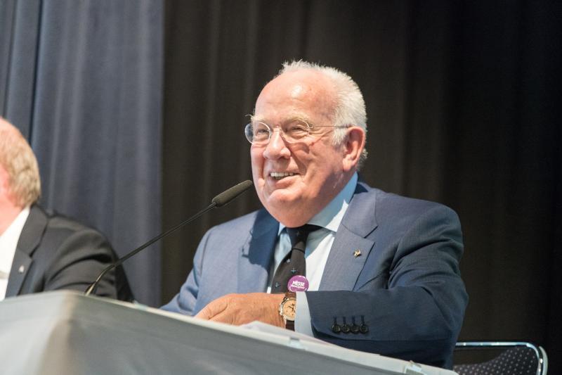 Walter Mennekes, langjähriger Vorsitzender des AUMA – Verband der deutschen Messewirtschaft und Geschäftsführender Gesellschafter der Mennekes Elektrotechnik GmbH & Co. KG, Kirchhundem