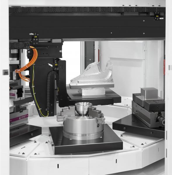 VariocellPallet ermöglicht es, verschiedene Rohteile auf einem Rundtakttisch mit bis zu zehn vorgefertigten Paletten aufzuspannen.