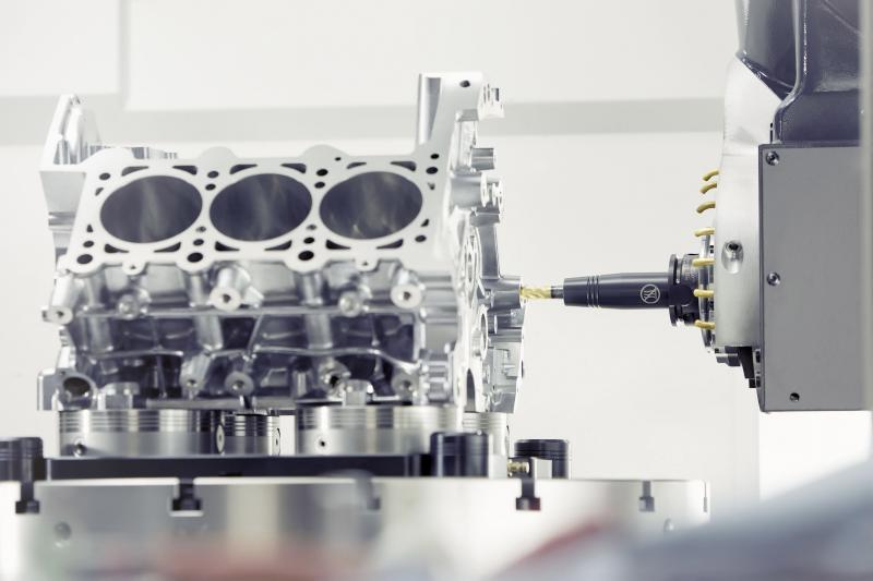 Das SCHUNK Hydro-Dehnspannfutter TENDO Slim 4ax verfügt über die identische Störkontur wie SCHUNK CELSIO Warmschrumpfaufnahmen und punktet zusätzlich mit einer überragenden Schwingungsdämpfung. Bild: SCHUNK