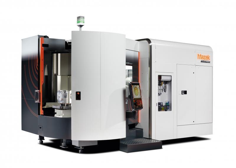 Ein 2-fach-Palettenwechsler macht die für die Hochgeschwindigkeitsbearbeitung konzipierte HCR-5000 überaus produktiv.