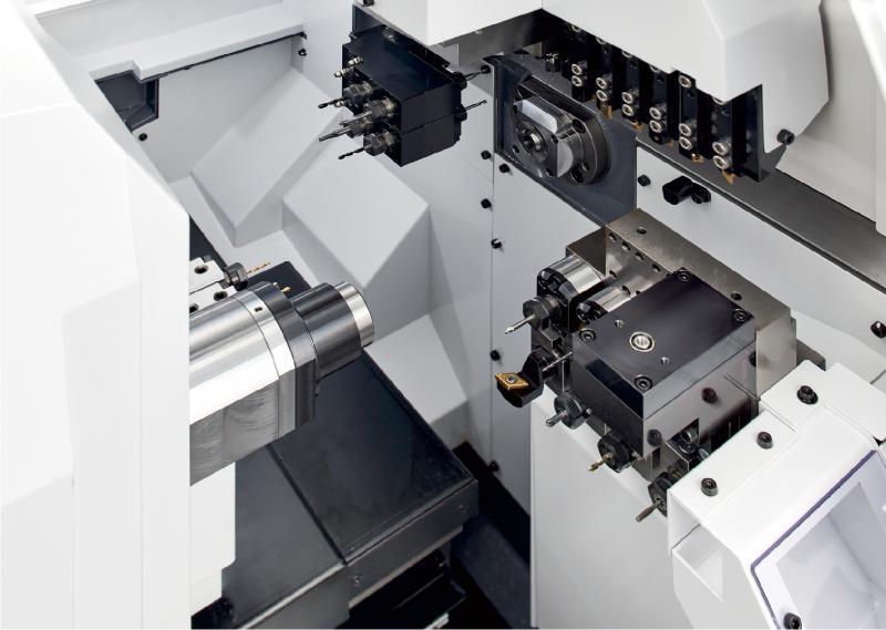 Enorme Freiheit bei der Werkzeugauswahl bietet eines der neu überarbeiteten Cincom-Modelle der Citizen Machinery Europe GmbH.